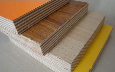 一般多层杉木指接板为三层