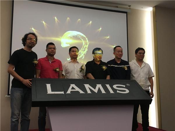 六位領導嘉賓共同為LAMIS? STONE品牌啟動.jpg